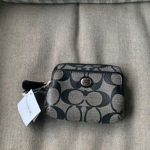 BRAND NEW Coach monogram card and coin wallet